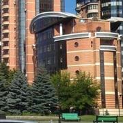 На Печерске в Киеве,  офисное отдельно стоящее здание.