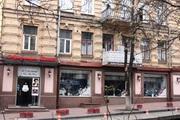 Фасадное помещение под ресторан в центре Киева.